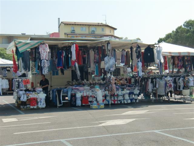 Wochenmarkt in Grado | Sightseeing in der Umgebung (Aquileia)!