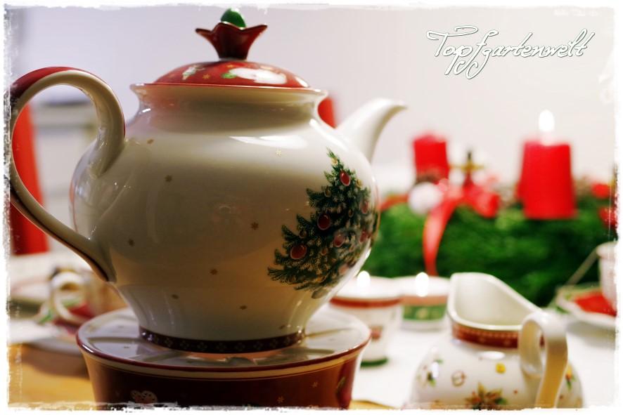 Gartenblog Topfgartenwelt Winter: Weihnachtsgeschirr Teekanne