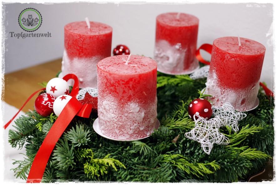 Gartenblog Topfgartenwelt festliche Weihnachtsdekoration in Rot und Weiß + Rezept Flammkuchen: Adventkranz