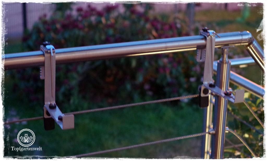 Food- und Gartenblog Topfgartenwelt Produkttest EMSA My City Garden mit Aqua Comfort-System - Balkonkastenhalterung Montage