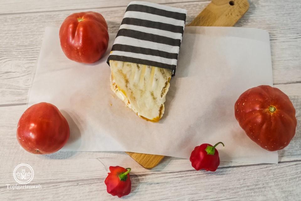 Italian Streetfood Piadine mit Hähnchen Pesto Rosso Mascarpone - Foodblog Topfgartenwelt