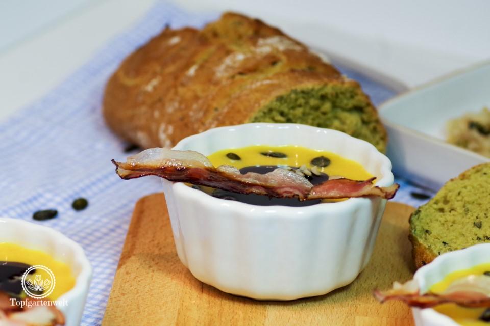 Kürbissuppe Rezept einfach und schnell mit Butternusskürbis - Foodblog Topfgartenwelt