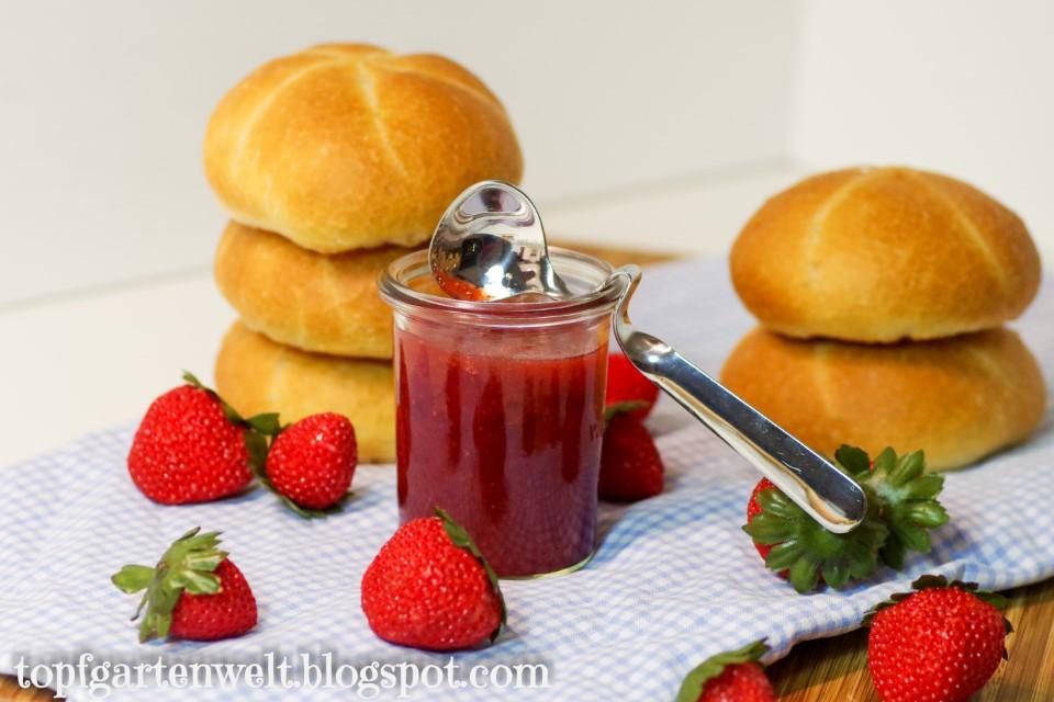 Erdbeer Konfitüre | Rezept | Marmelade haltbar machen - Foodblog Topfgartenwelt
