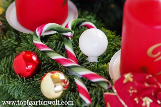 Adventkranz dekorieren - Zuckerstangen als Adventkranzdeko - Blog Topfgartenwelt