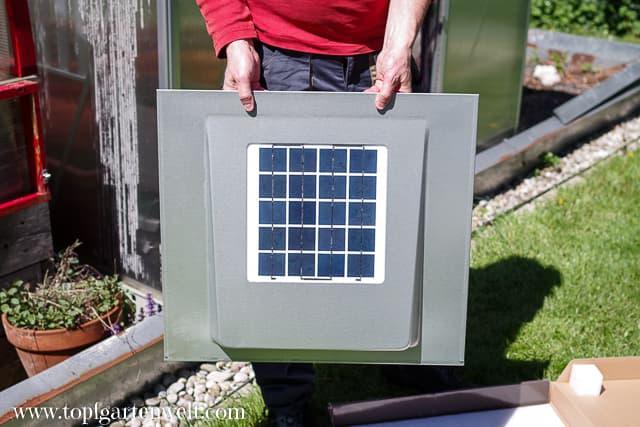 leistungsstarke Solarzelle für den Dachlüfter - Gartenblog Topfgartenwelt