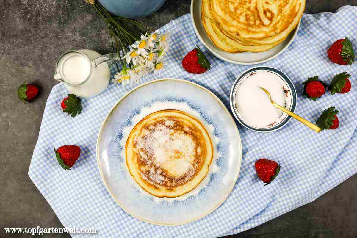 Grundrezept: Fluffige Pfannkuchen mit Eischnee | extra flaumige Pancakes! - Topfgartenwelt